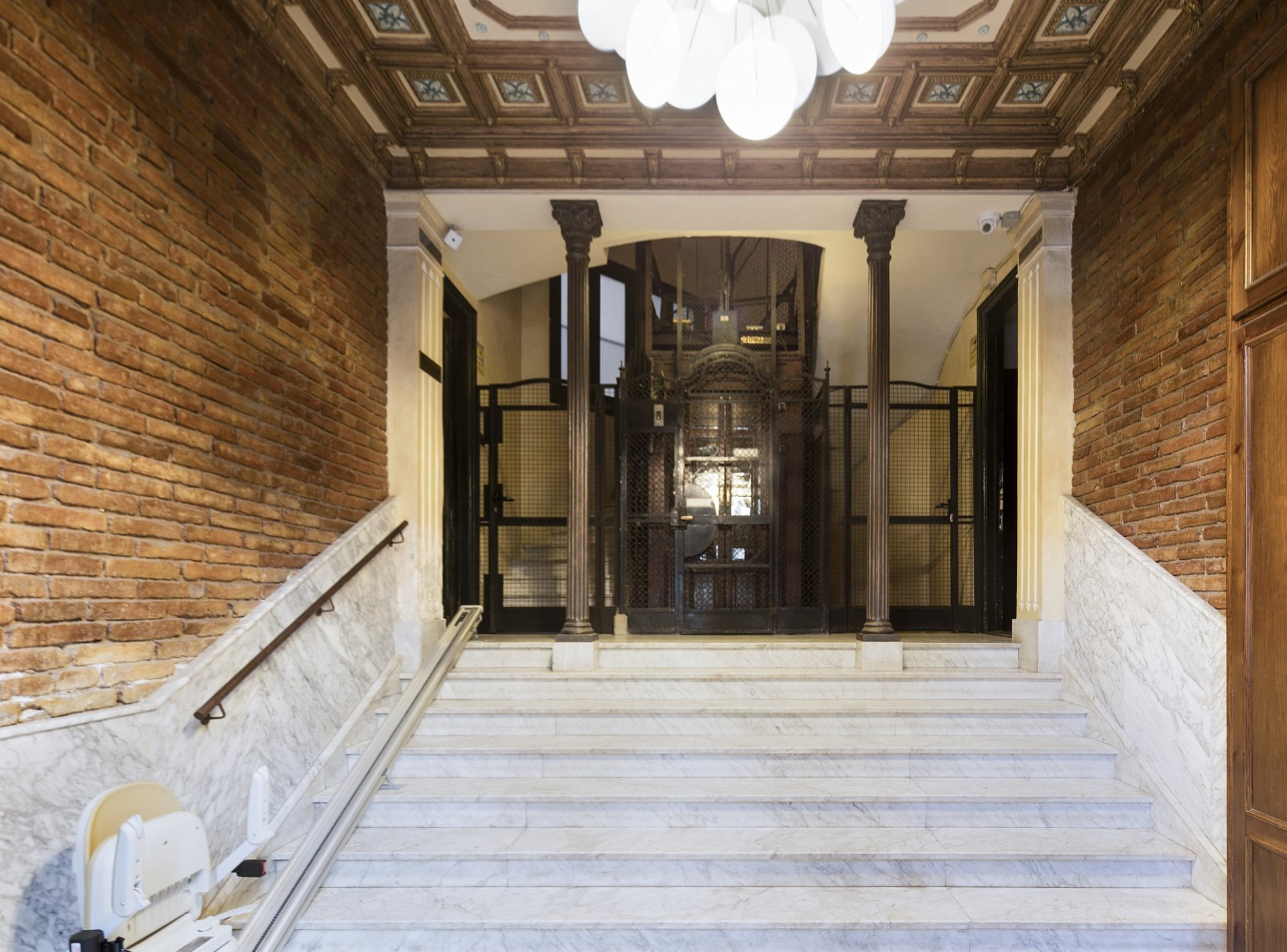 Apartments Barcelona Midtown Fortuny 23